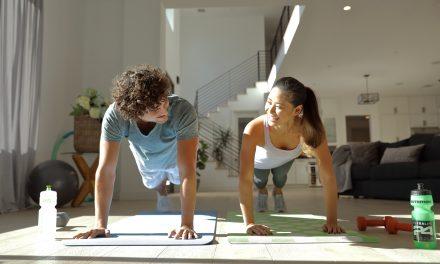 居家防疫怎麼動  賀寶芙運動專家分享五種健身妙招