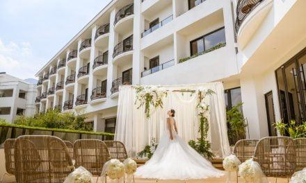 婚宴市場回溫 飯店業者推出西式浪漫木造戶外證婚教堂